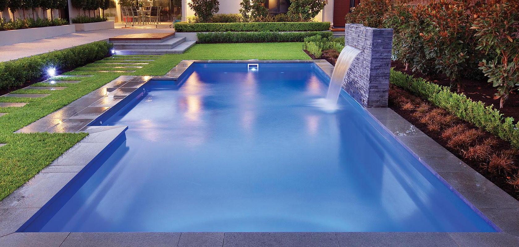 <h1>Fibreglass Pools are Quick & Easy to Install</h1><p>Installed in 4 to 5 days, traditional pools take 6 to 8 weeks</p>